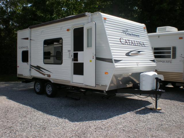 2011 Coachmen Catalina 18BH