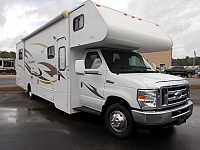 2014 Winnebago Chalet 31CR