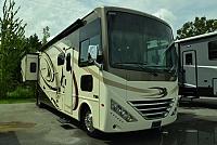 2017 Thor Motor Coach Hurricane 35M