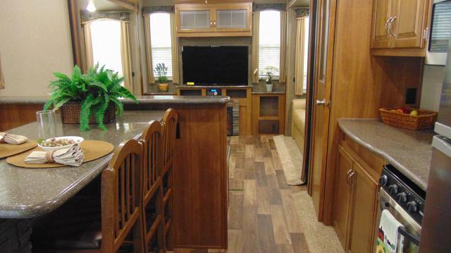 2018 Keystone Residence 401RDEN
